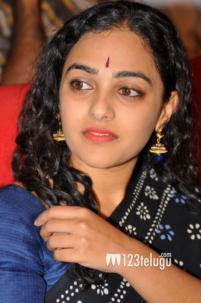 Nithya Menon Stills in Saree - cutmirchi.com