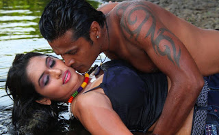 Hot desi actress bedroom scenes very hot and spicy -- naked