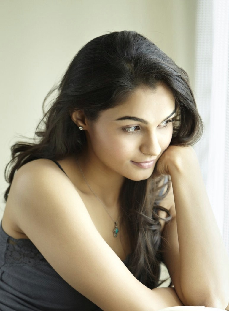 Actress and Singer Andrea Latest Cute and Gorgeous Photoshoot Gallery