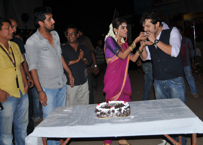 Asin Birthday Celebration - cutmirchi.com