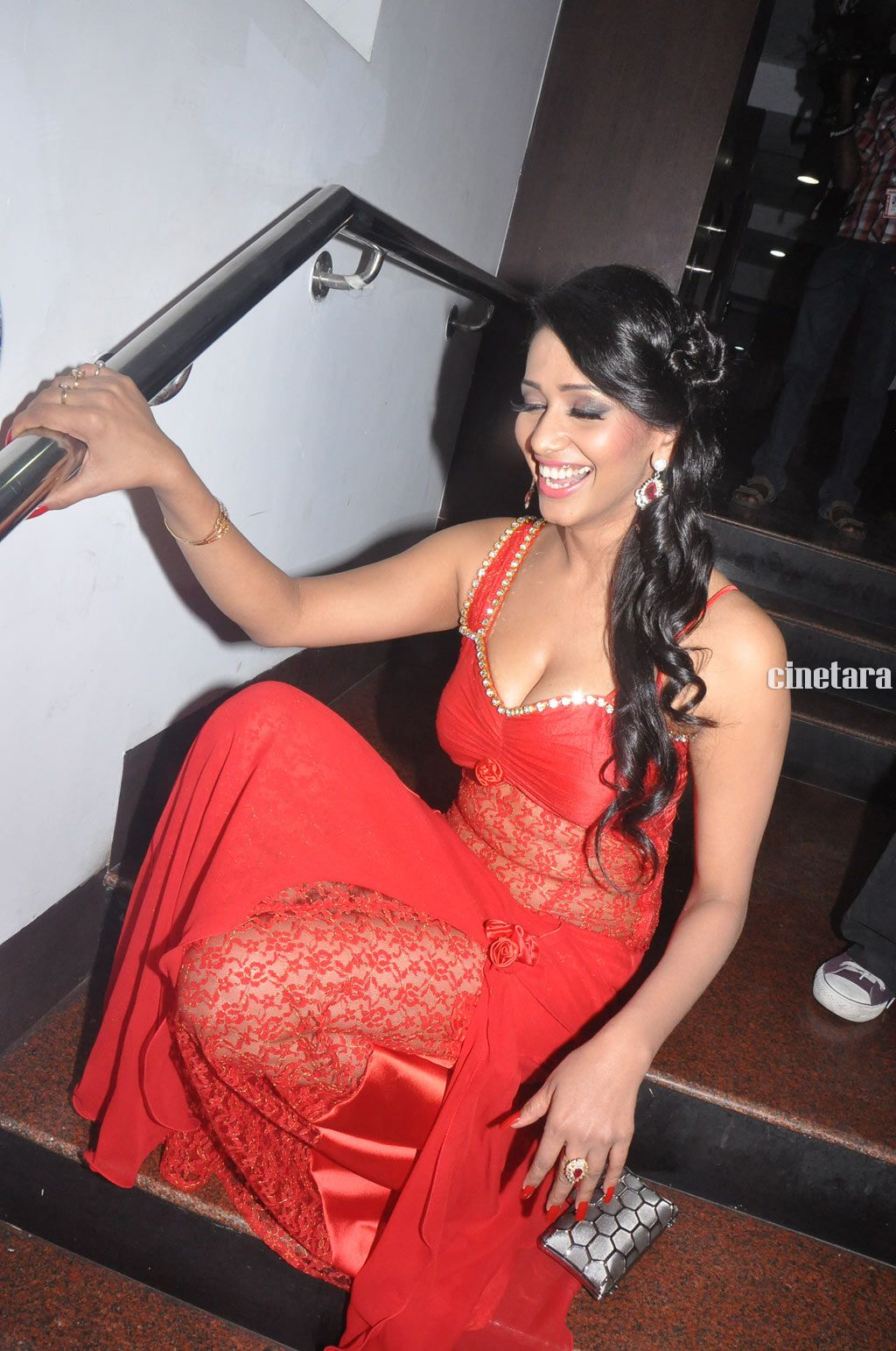 Sanjana Singh Spicy red saree photo gallery