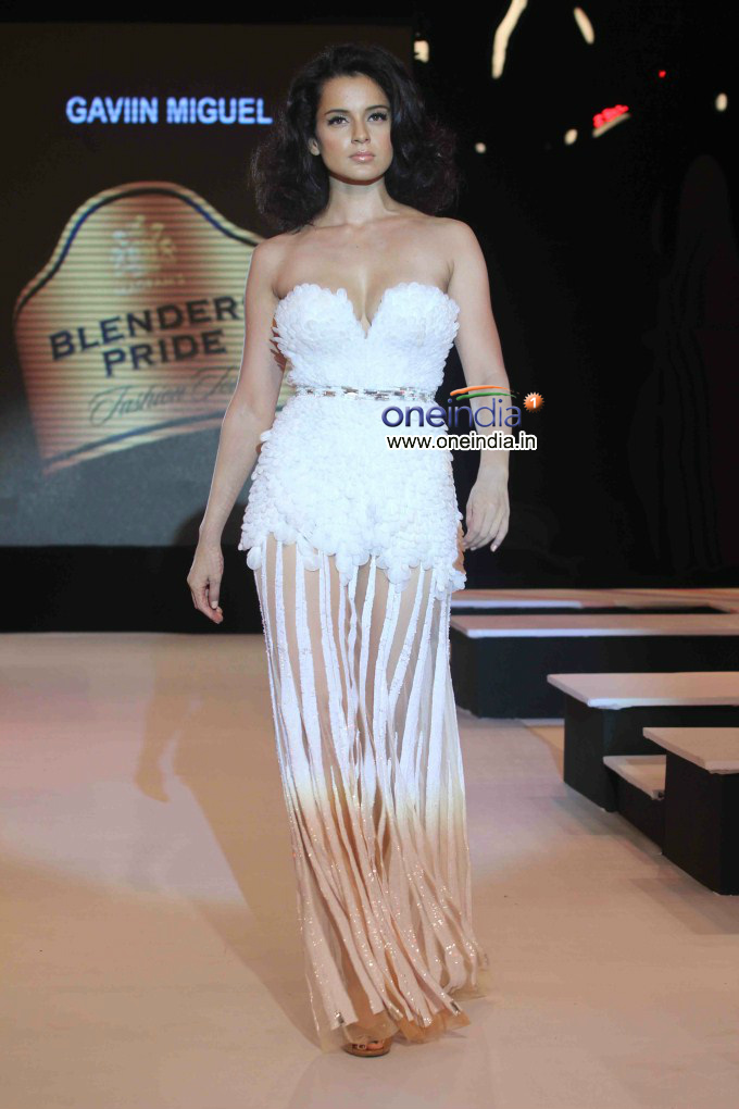 Kangna Ranaut - Blenders Pride Fashion Tour 2012 | Picture 266944 - Oneindia Gallery