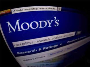 Outlook for India's banking system remains negative: Moody's - The Economic Times