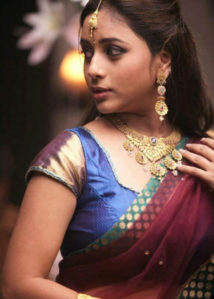 Tamil Actress Model Suza Photo Gallery | Filmy365 - cutmirchi.com