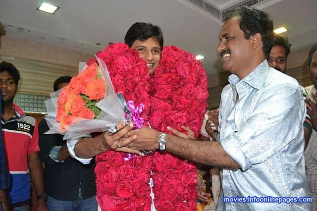 Jiiva Birthday Celebration Photo Gallery