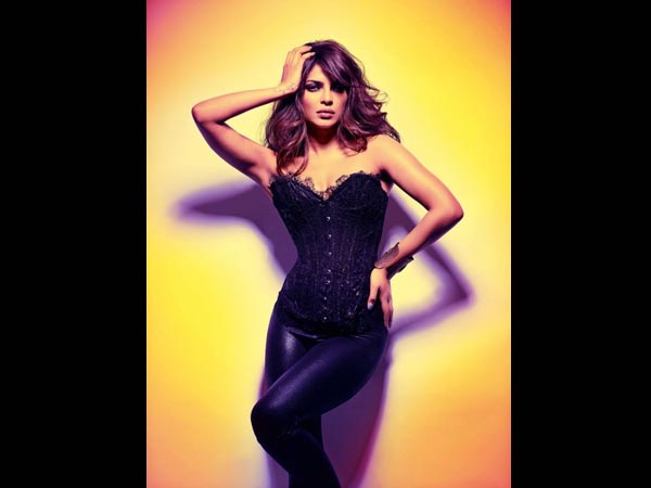 Priyanka Chopra's Hot Photoshoot - Oneindia Boldsky