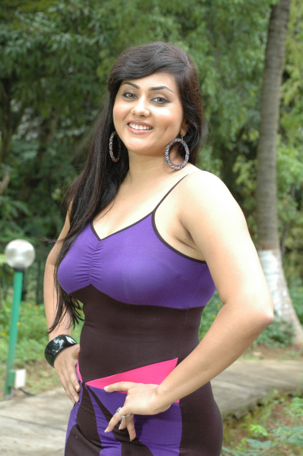 Namitha Latest Hot Photos ~ Cinemaawood
