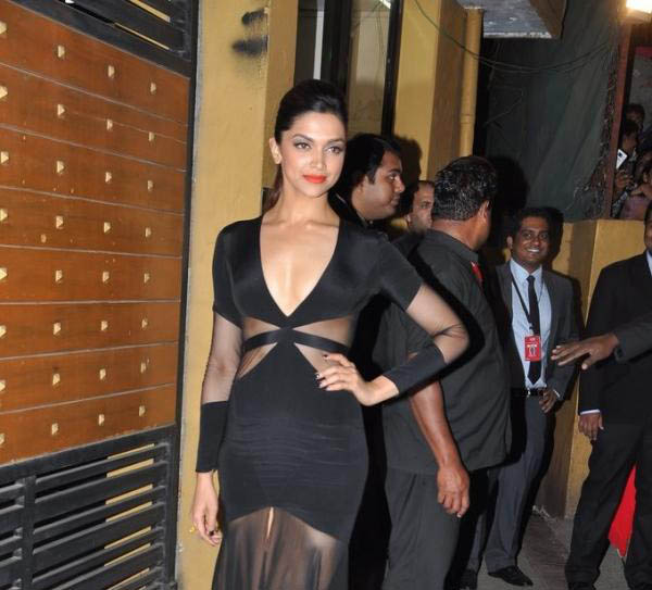 Bollywood Celebrity at Filmfare Awards 2013