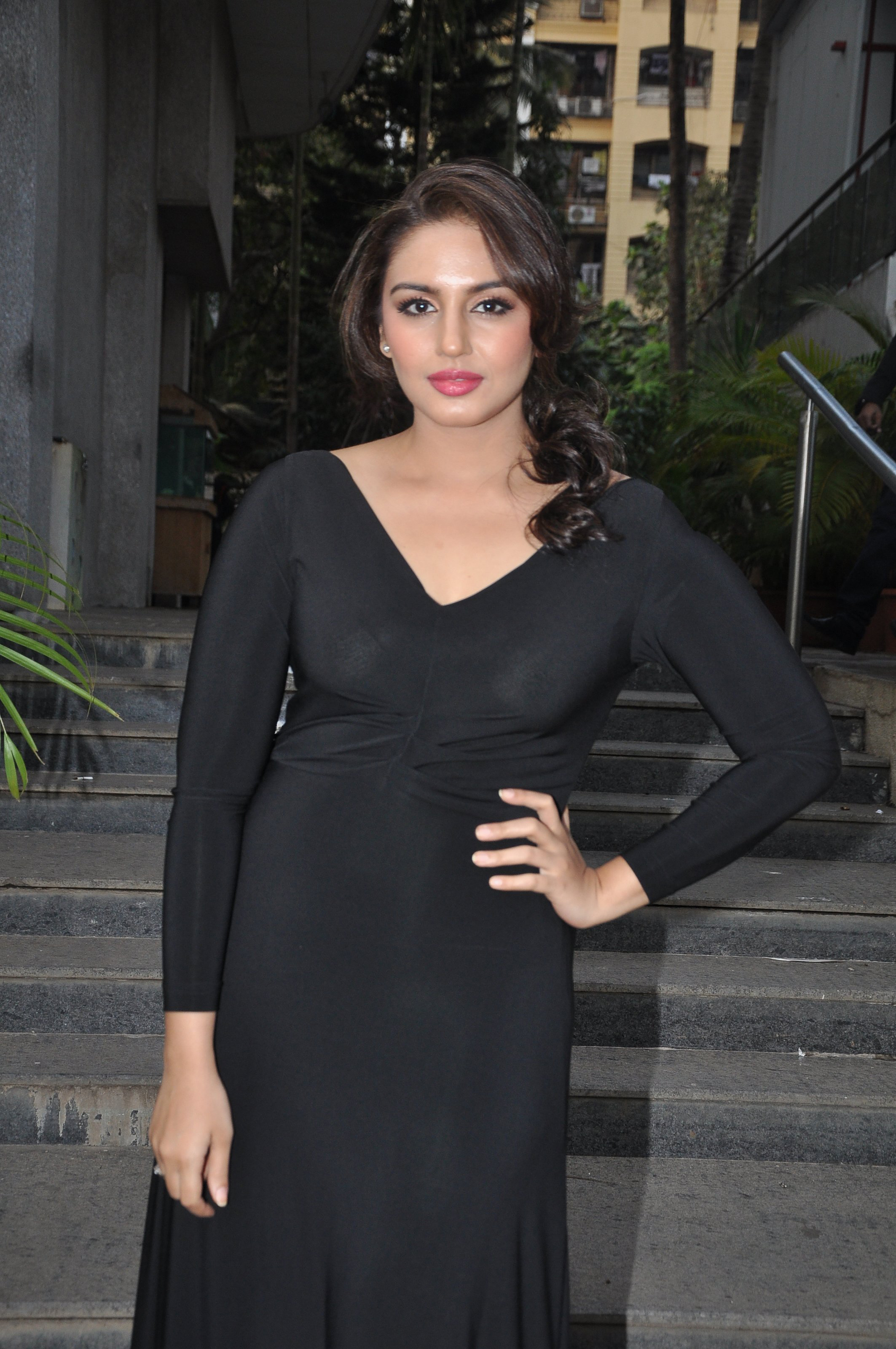 Huma Qureshi Exposes Enough In See-Through Attire  Gallery at PardaPhash