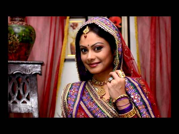 Toral Rasputra to replace Pratyusha as Anandi in Bali Vadhu: See Pictures - Oneindia Entertainment