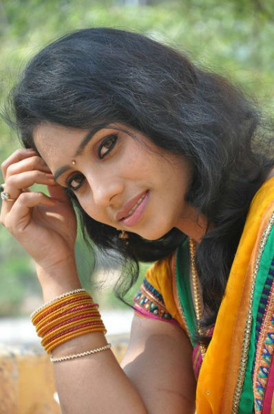Actress Latha Photos | Actress, Celebrity, South Movie Actress |  Cinejo.com - cutmirchi.com