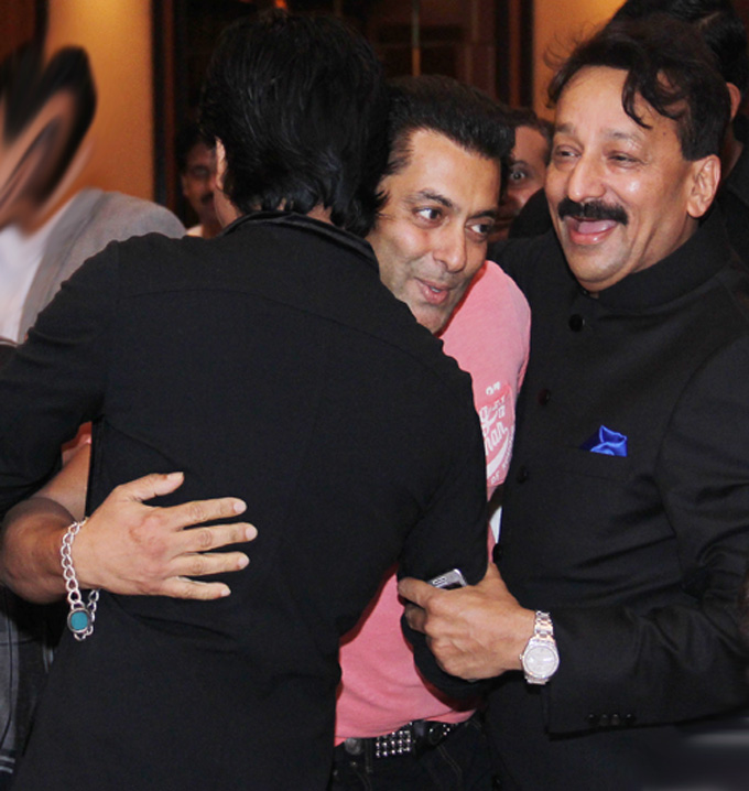 SRK – Salman Khan's friendship again- Bolly Stars reunite finally
