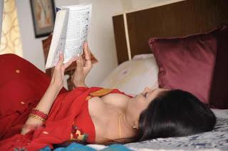 Aunty bhabhi housewife hot sexy pic