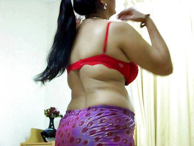 Bhabhi In Bra