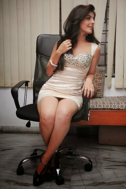 Indian Actress Isha Talwar - Images Palace