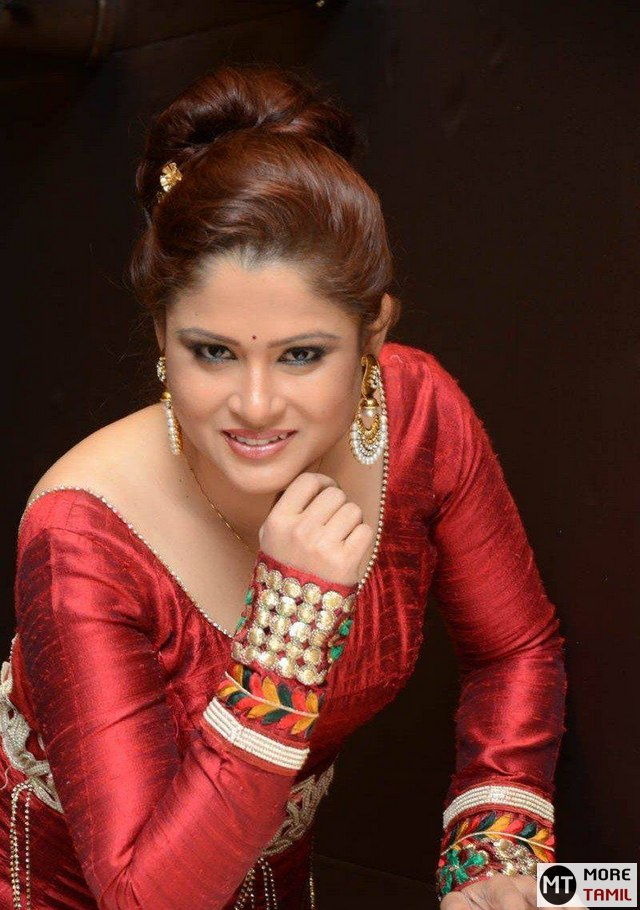 Shilpa Chakravarthy Latest Photos | MoreTamil