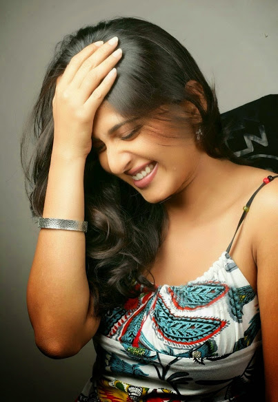 Anushka Shetty Latest Photo Shoot Stills - infosamay.com
