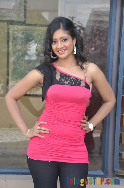 Sandeepthi-New-Stills